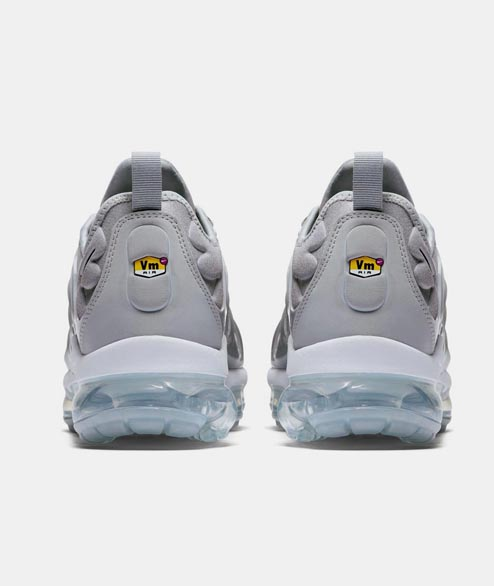 Nike Sportswear - Air Vapormax Plus - Wolf Grey