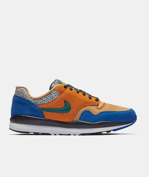 Nike Sportswear - Air Safari SE - Monarch Forest Flax