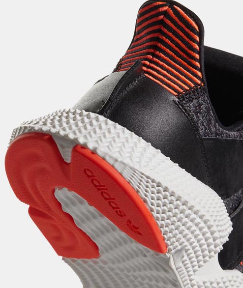Adidas originals - Prophere - Core Black Solar Red