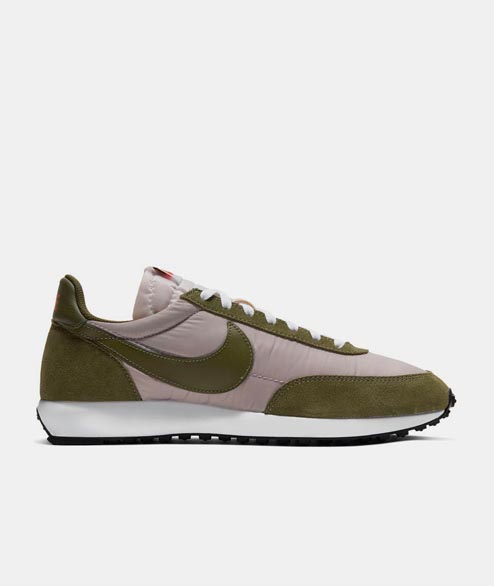 Nike Sportswear - Air Tailwind 79 - Pumice Legion Green Black